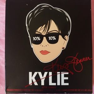Kylie Mom Palette (palette only)